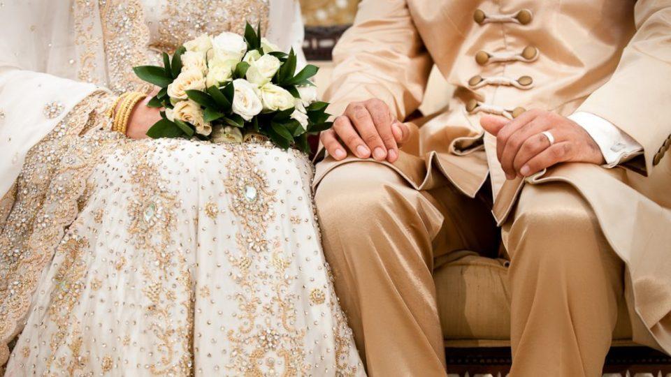 Usia-Ideal-Pernikahan
