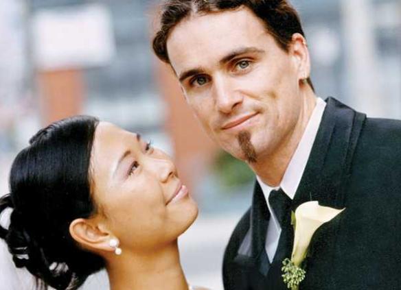 pernikahan  beda negara